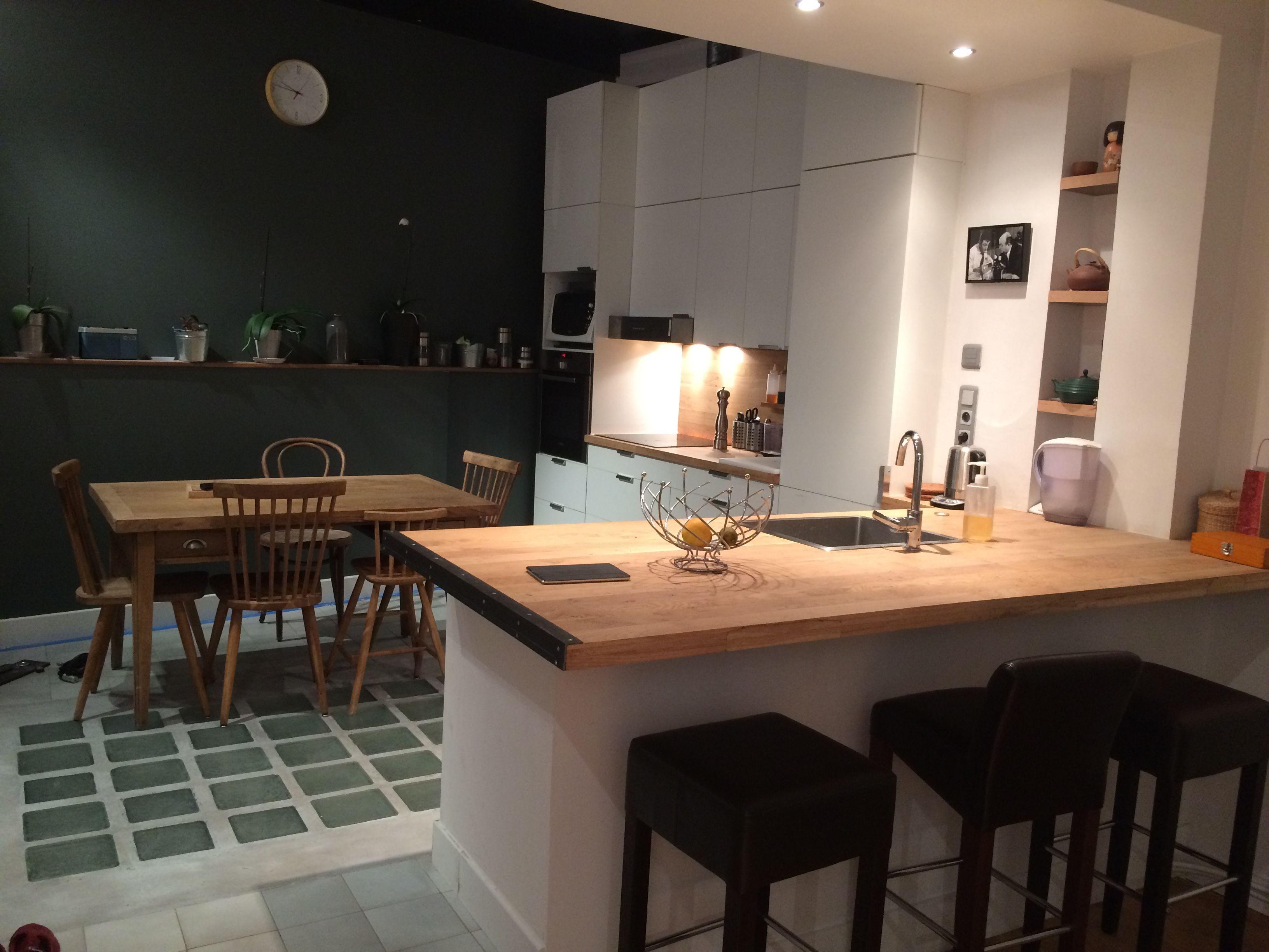 prot ger vos meubles et plans de travail en bois massif avec un vitrificateur invisible. Black Bedroom Furniture Sets. Home Design Ideas