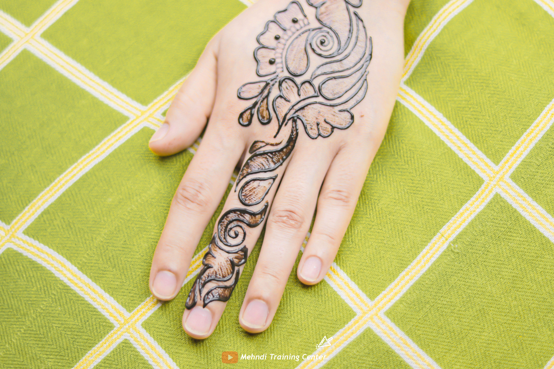 تصميم موقع قران تصميم موقع قران جميلة تصميم موقع قران جميلة باليد تصميم موقع قران عربي لليدين Mehndi Designs Henna Mehndi Henna