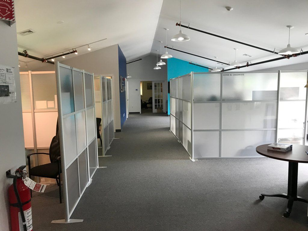 Atco Lanair Love Their Idivide Office Partitions Modern Office Partitions Office Interior Design Modern Modern Office Interiors