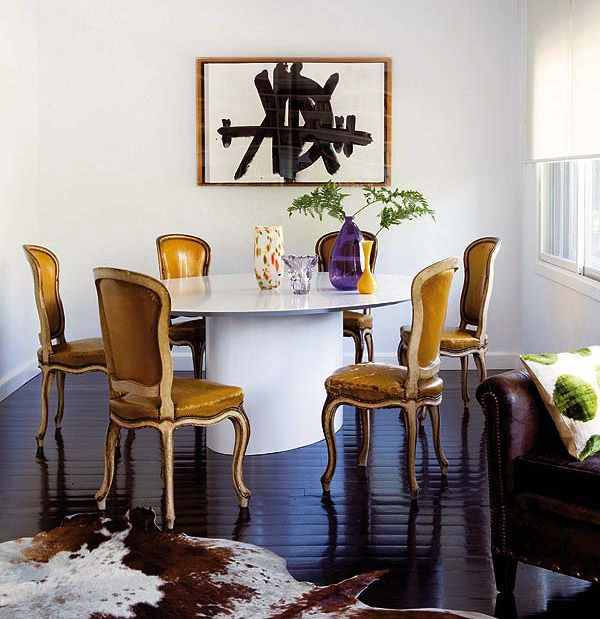 Furnitures Fashion Small Dining Room Furniture Design: Mix Of Simple, Modern Table & Traditional Chairs. SPANISH