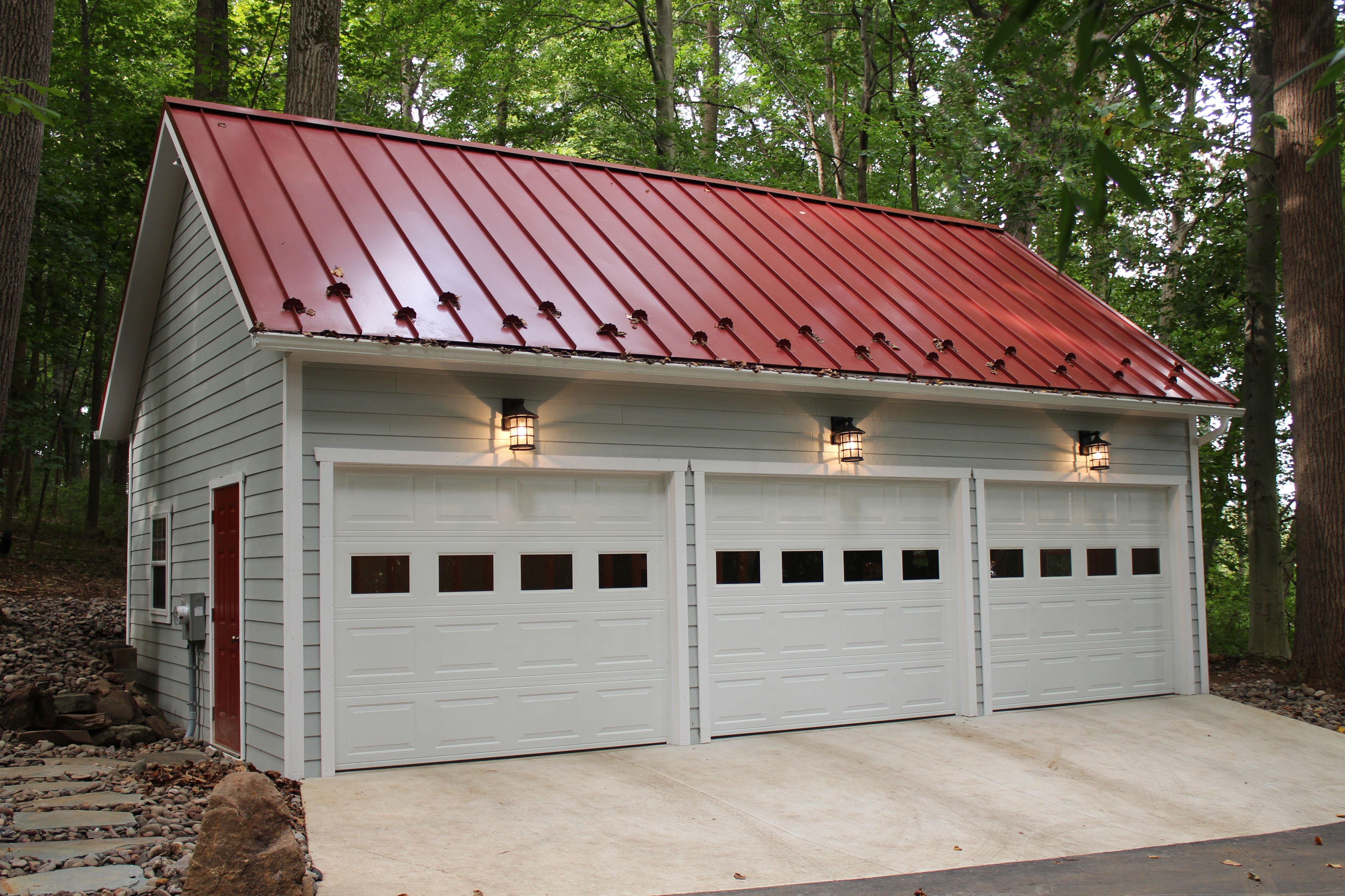 20 X30 James Hardie Three Car Garage With Standing Seam Metal Roof Visit Our Website At Www Lappstructu Garage Doors Two Story Garage Metal Garage Buildings