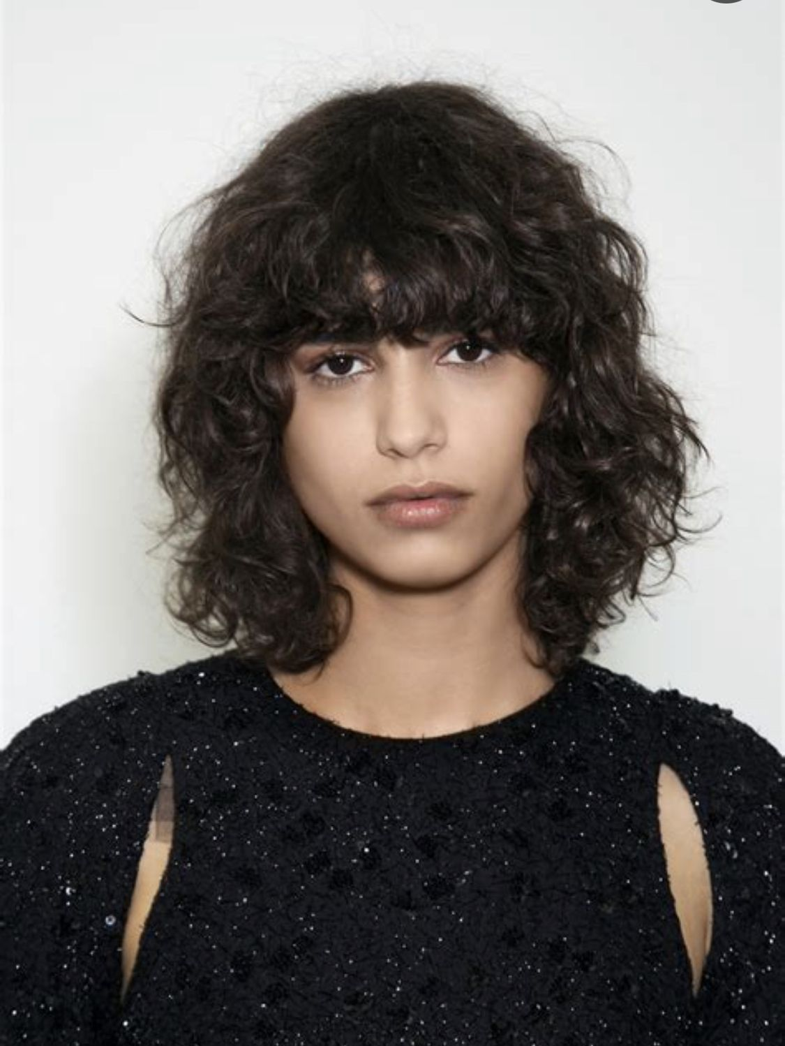 Pin By Regina Philange On Bangs Wavy Hair In 2020 Curly Hair Styles Curly Bangs Curly Hair Styles Naturally