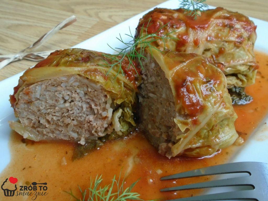 Zrob To Smacznie Pieczone W Piekarniku Golabki Z Kapusty Wloskiej W Sosie Pomidorowym Culinary Recipes Stuffed Peppers Food