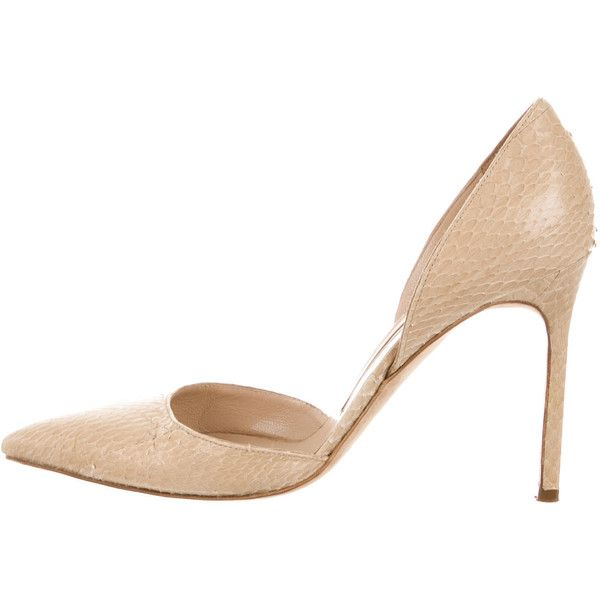 Pre-owned Manolo Blahnik Snakeskin Pointed-Toe Pumps (€180) ❤ liked on Polyvore featuring shoes, pumps, neutrals, pointed toe shoes, tan pointed toe pumps, manolo blahnik shoes, snakeskin shoes and snake skin pumps