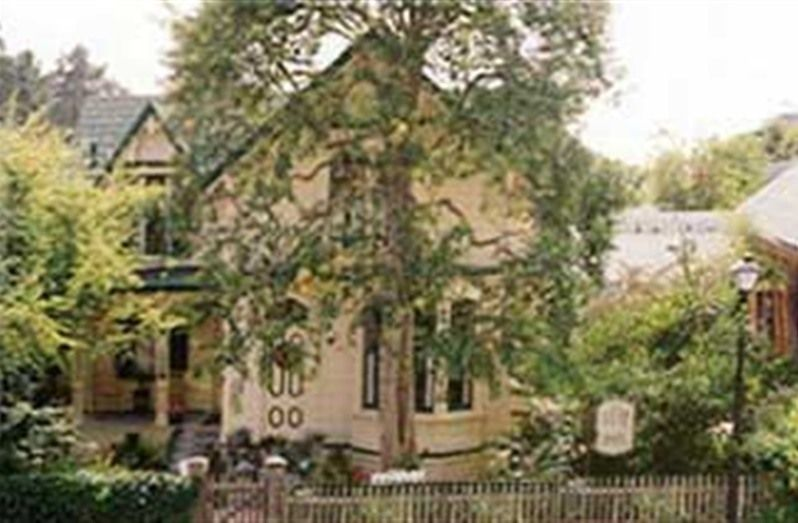 The Squibb House In Cambria California B B Rental