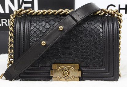 8446ba43 CN0026 Chanel Boy Flap Shoulder Bag Black Original Snake ...