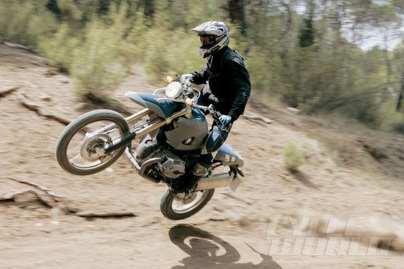 CW TBT 2005: BMW HP2 Enduro Bike – RIDING IMPRESSION BMW builds a $20,000 dirtbike?!