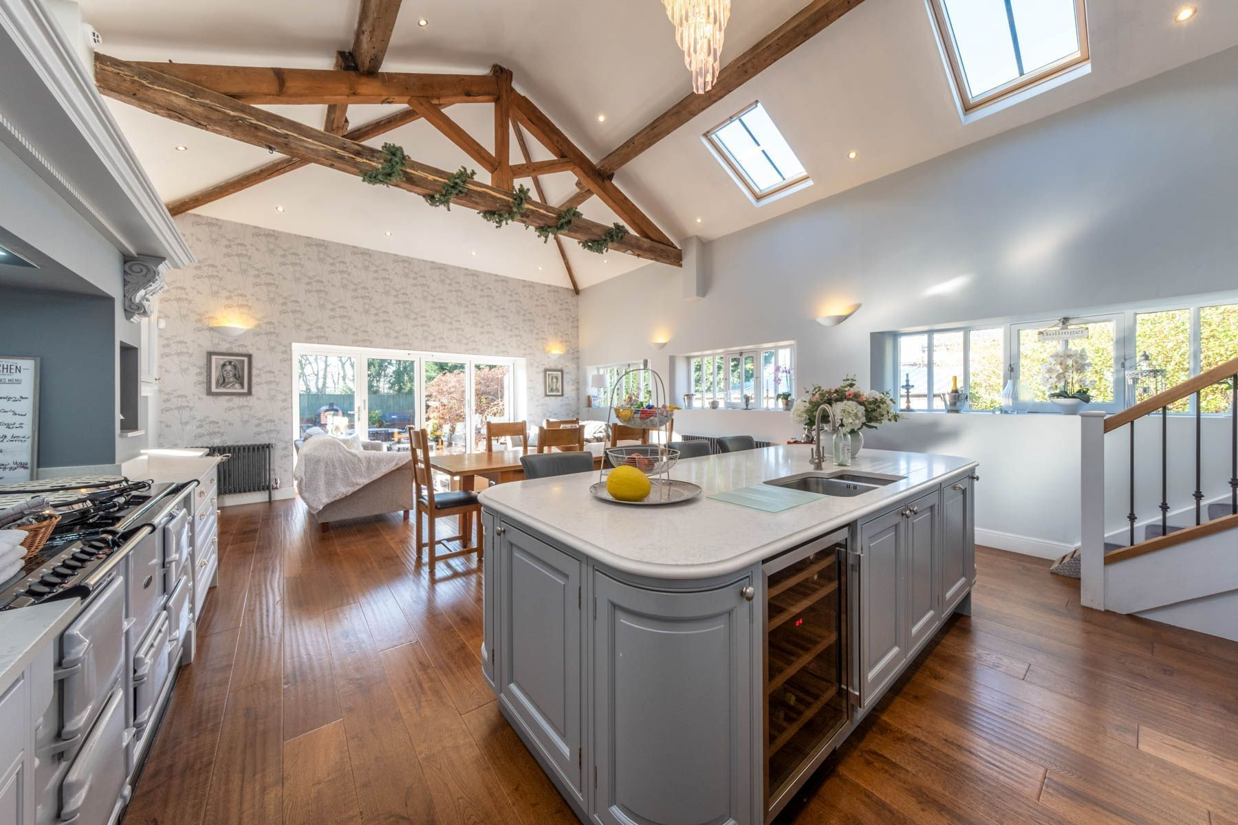 Country Kitchen With Vaulted Ceiling Island Dinning Space And Skylights Vault Ceiling Co Country Kitchen Vaulted Ceiling Kitchen Farmhouse Kitchen Decor