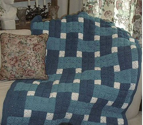 Ravelry: Woven Blocks Crochet Quilt pattern by C.L. Halvorson ... : crochet quilt block patterns - Adamdwight.com