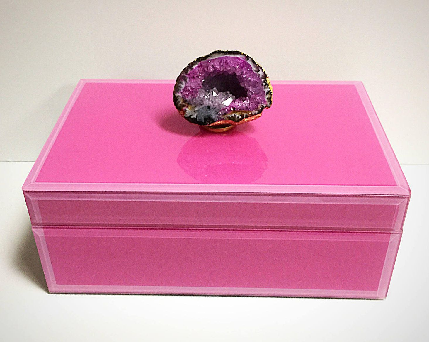 Pink Crystal Geode jewelry box, Geode Box, Pink Box, Pink Geode, Geode Decor,Pink Jewelry Box,Remote Box,Geode Jewelry Box,Home Décor,OOAK by CsDezigns on Etsy