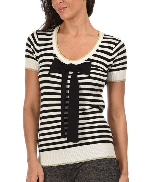 Look at this Off-White & Black Bow Scoop Neck Top on #zulily today!