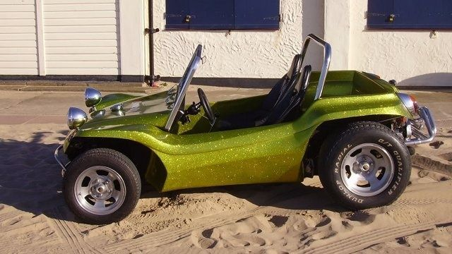Meyers manx kick-out dune buggy with side panels in lime golg metalflake gelcoat