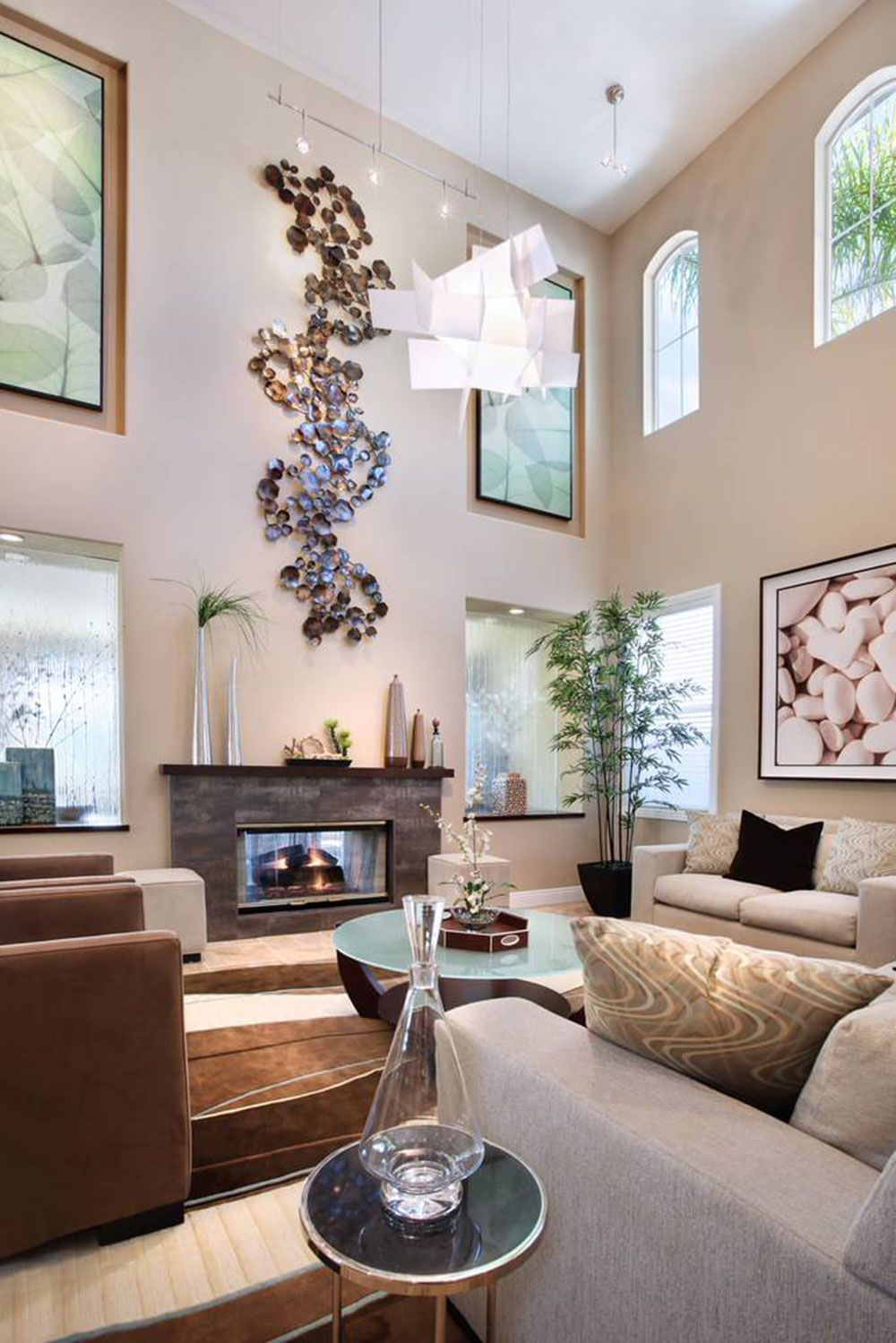 High Ceiling Rooms And Decorating Ideas For Them High Ceiling Living Room Wall Decor Living Room Large Living Room