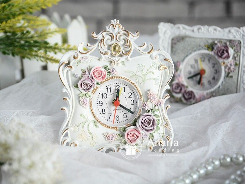 Elizabeth Table Clock Exclusive Gift For Wedding Birthday Corporate Event