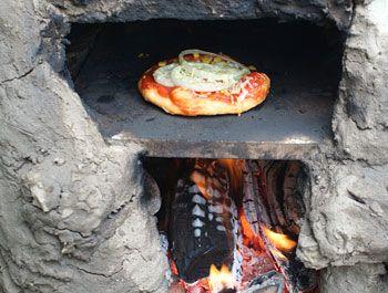pizzaofen selber bauen garten lehmofen ofen und selber bauen. Black Bedroom Furniture Sets. Home Design Ideas