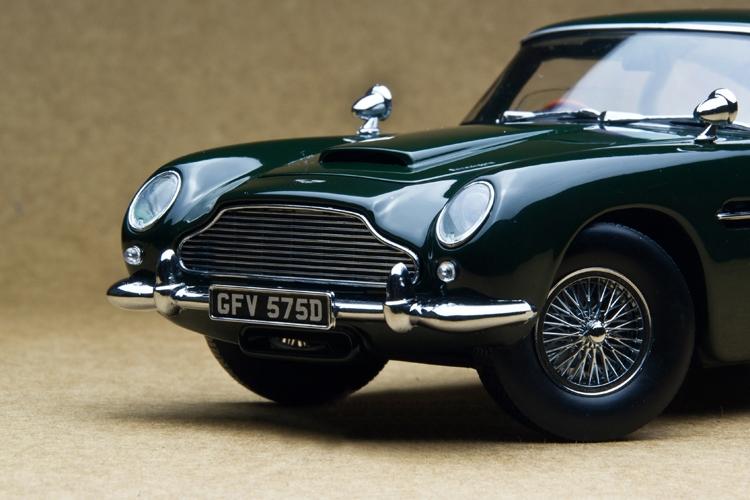 144.00$  Know more  - Sun Star 1:18 1963 DB5 British Green classic sports car model Retro classic cars Favorites Model