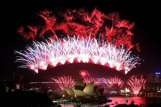 The Best Places In The World To Be On New Year S Eve Sydney New Years Eve New Years Eve Fireworks Celebration Around The World