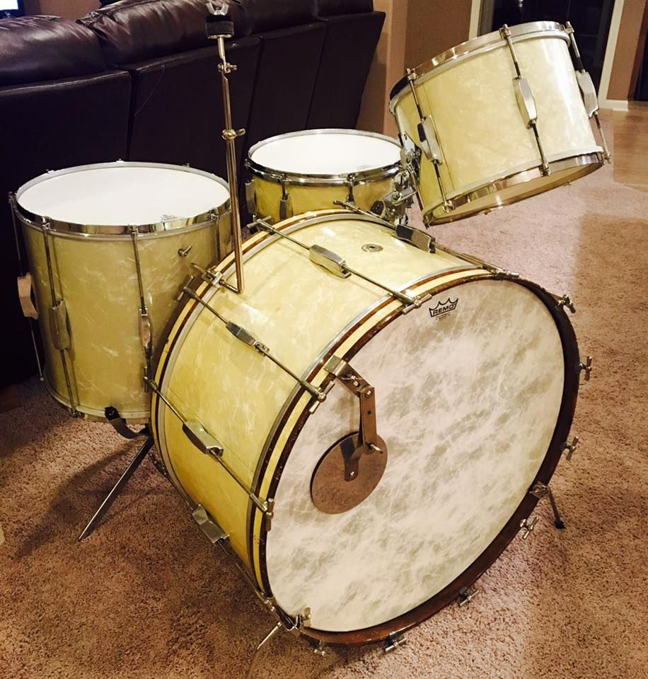 WOW! 1930\'s Duplex set in White Marine Pearl, manufactured in St ...