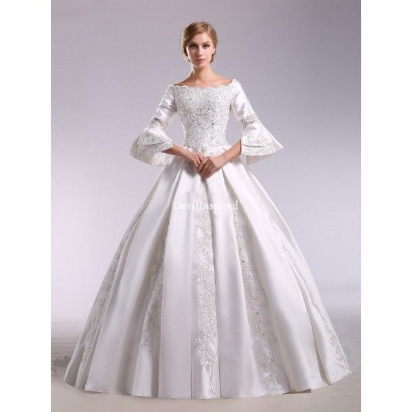White Trumpet Sleeves Lace Elegant Vintage Victorian Wedding Dress ...