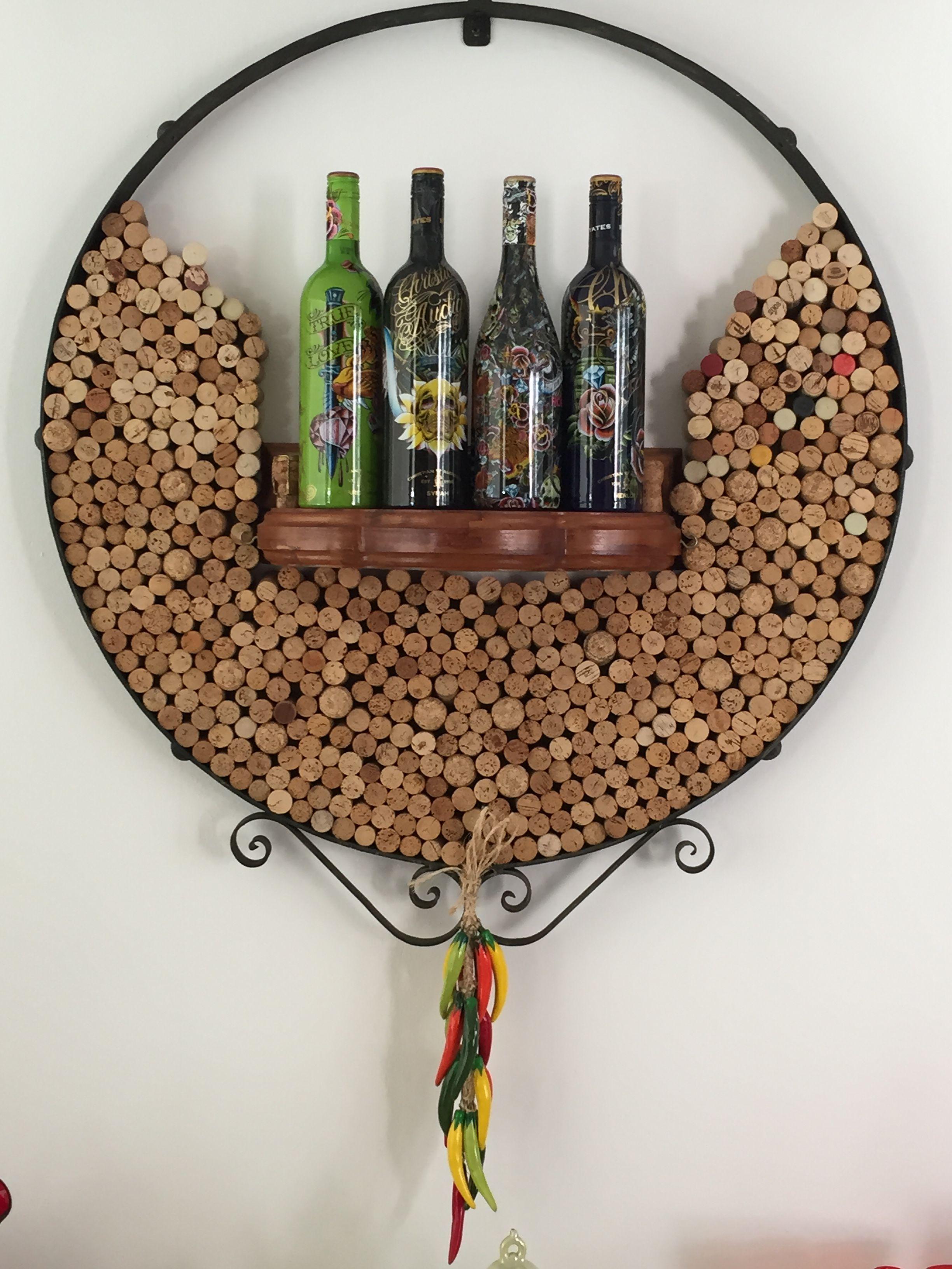 Corchos bien decorados manualidades pinterest for Decoracion con corchos