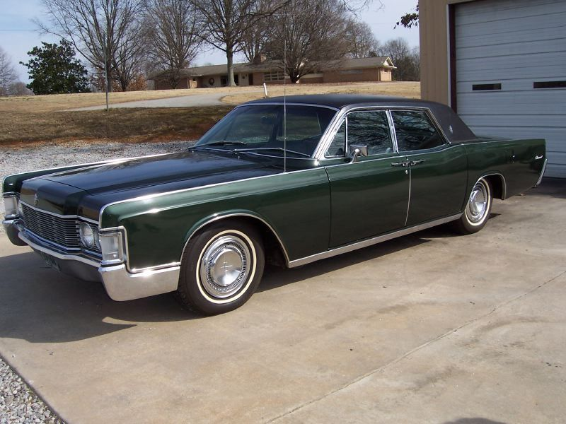 1968 Lincoln Continental with suicide doors. | Clic Cars and ...