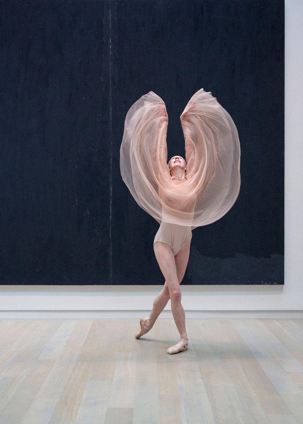 Moving Through Still Studio Portraits Dance Photography Portrait
