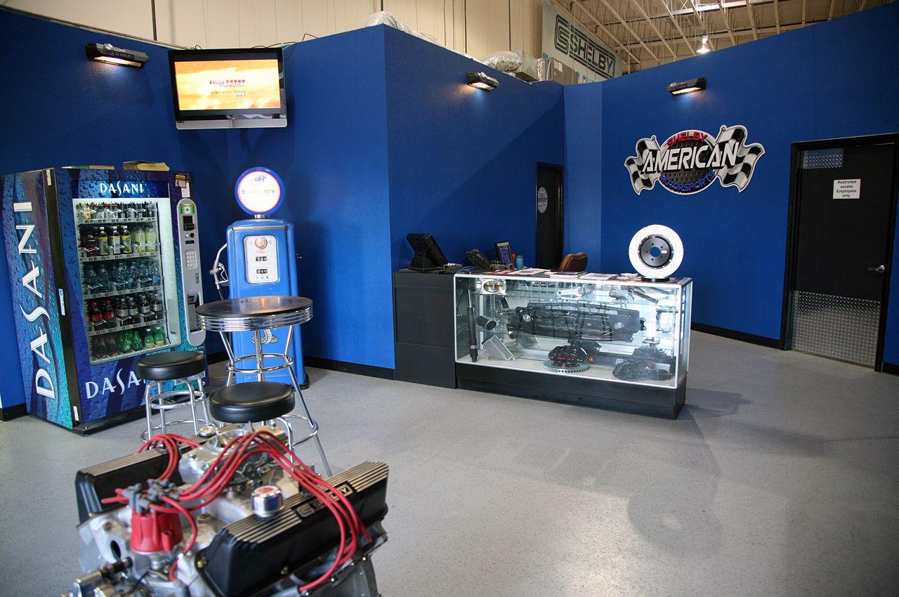 Visit the Shelby American Motorsports Speed Shop! (Có hình