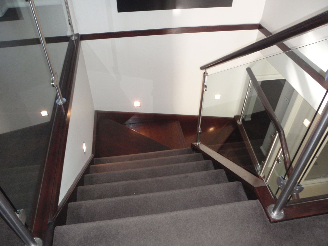 Best Glass Balustrade Timber Handrail Stair Stair Case 400 x 300