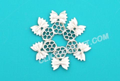 Macaroni Snowflake 3