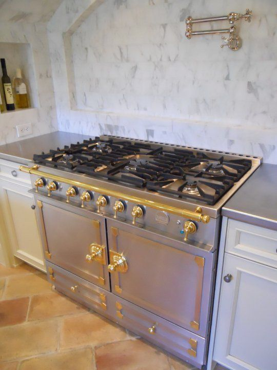 La Cornue Cornufe Buy Now La Cornue French Ranges Cornufe 110 Amp Cornufe 90 La Cornue French Range Cornufe And Chate French Stove Kitchen Interior La Cornue
