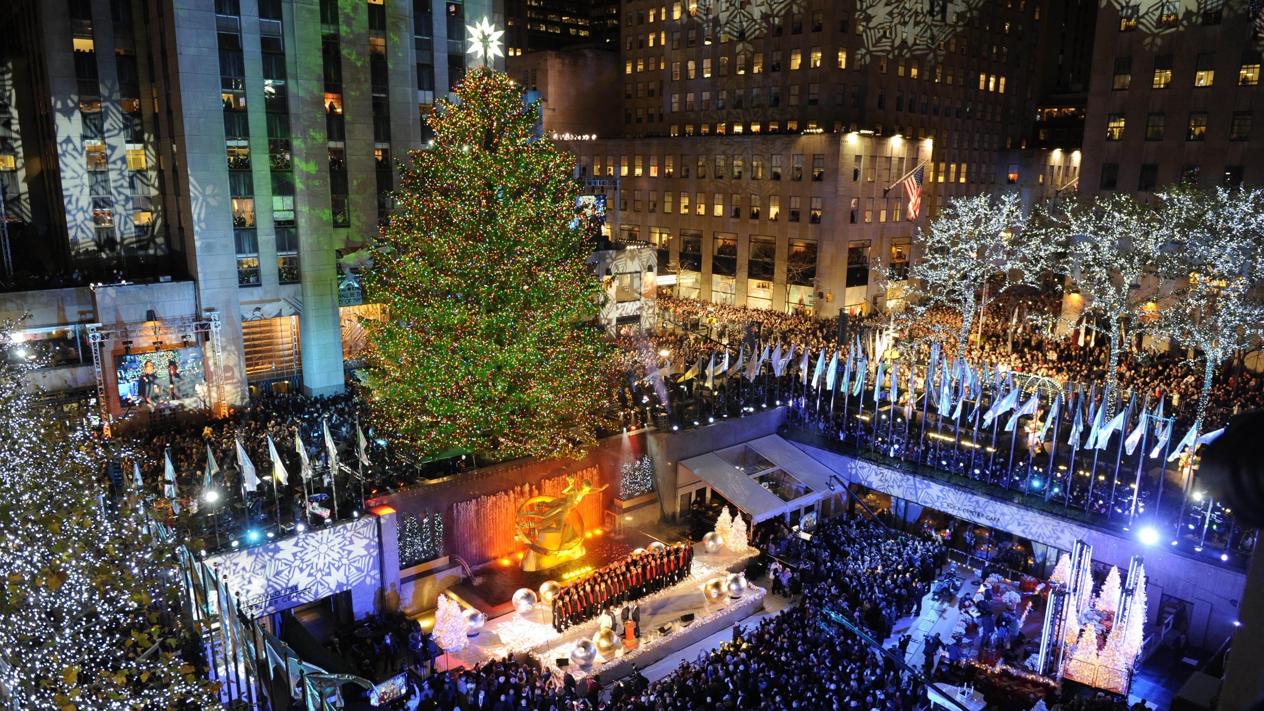Rockefeller Center Annual Christmas Tree Lighting Manhattan Nyc 4245 X 2388 Rockefeller Center Christmas Tree Rockefeller Center Christmas Nyc Christmas