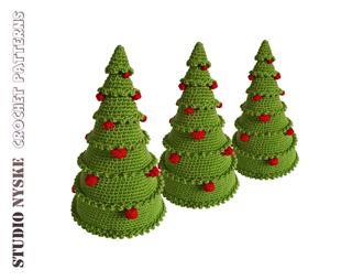 Kerstboom_groen_rode_ballen_3x_80__ravelry_small2