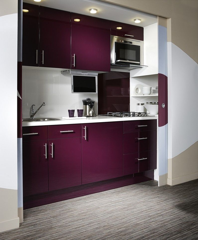 Amenagement Kitchenette: Cuisine Blanc / Beige / Naturel Rose / Violet DELINIA