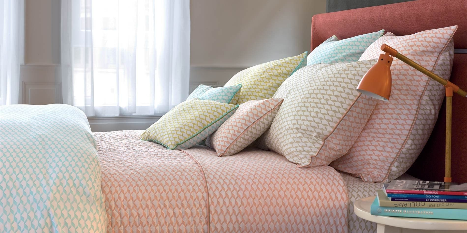 Voguer Bedding Printed Linens Yves Delorme Bed