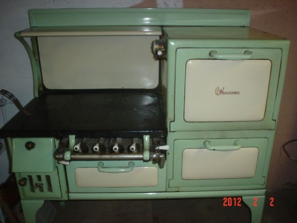 1930u0027s Wedgewood Stove Wood/gas Burning Cast Iron Nice Old Stove 47 Inches  Wide