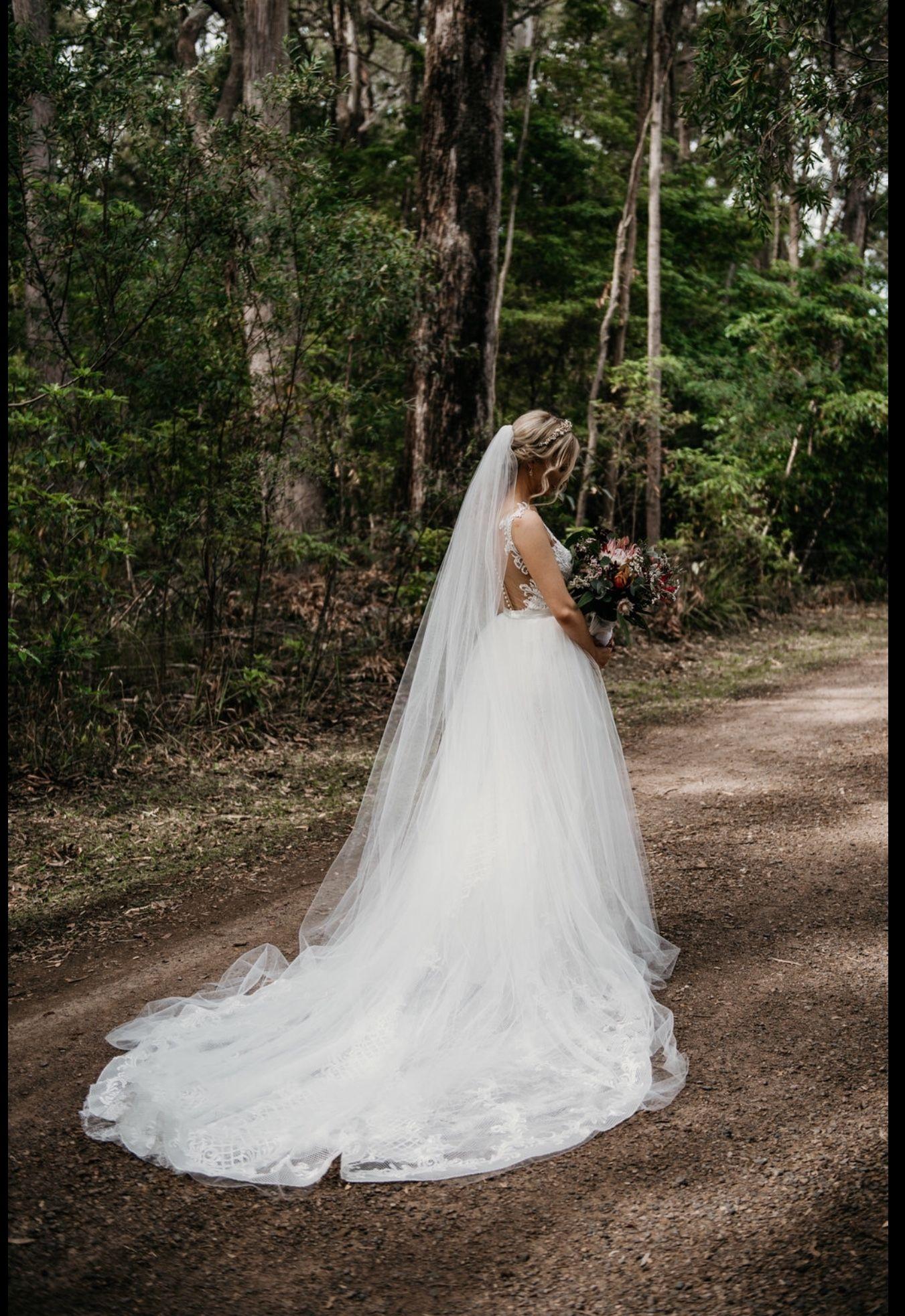 Wedding dress tulle removable skirt tulle overlay