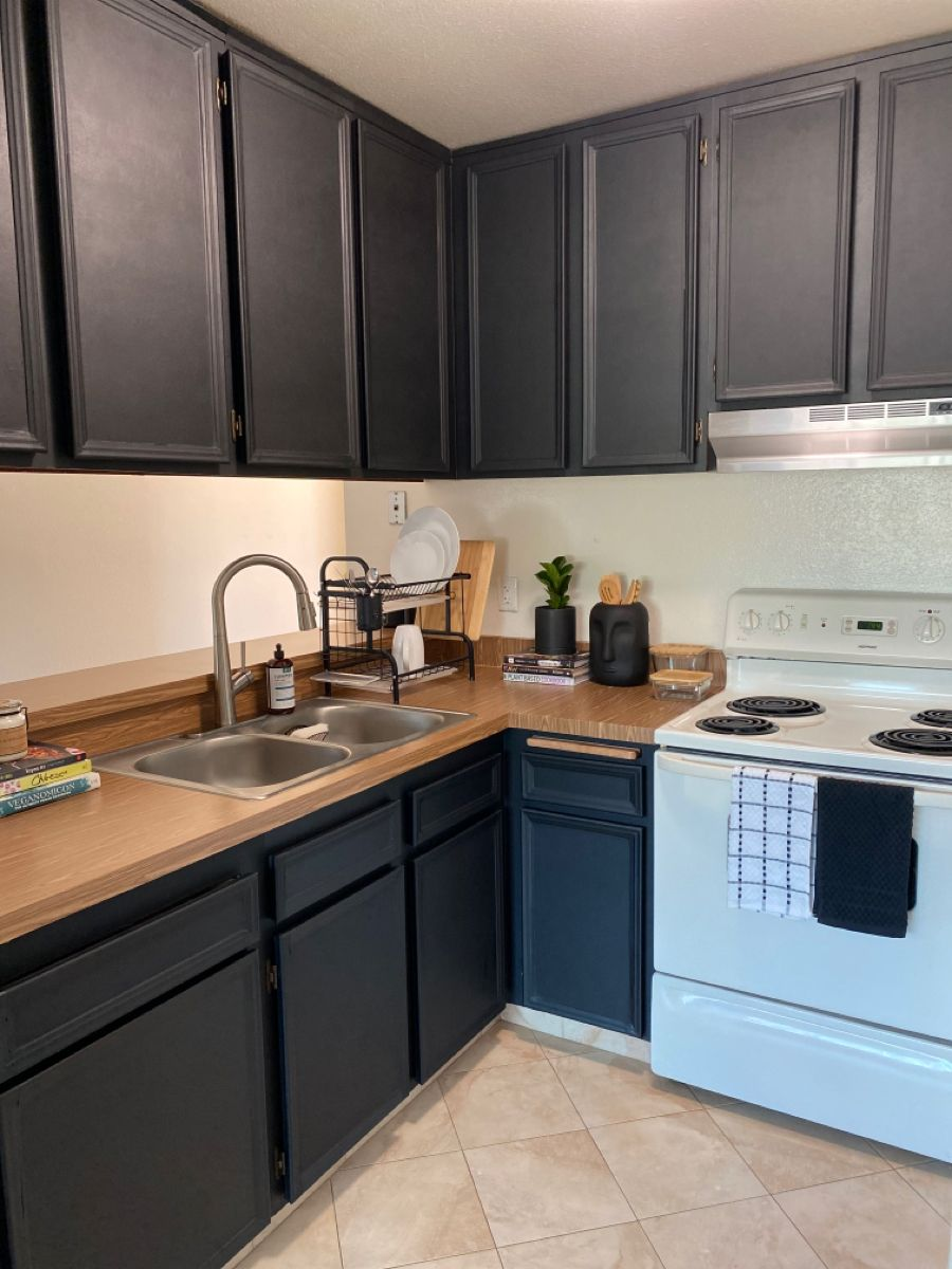 Renter Friendly Kitchen Makeover How To Contact Paper Counters And Ca In 2020 Kitchen Cabinets And Backsplash Contact Paper Kitchen Cabinets Kitchen Cabinets Makeover