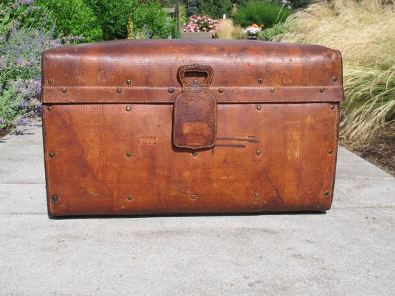Rare Queen Victoria Stagecoach Leather Trunk By Portlandiarevibe Leather Trunk Metal Baskets Wood Trunk