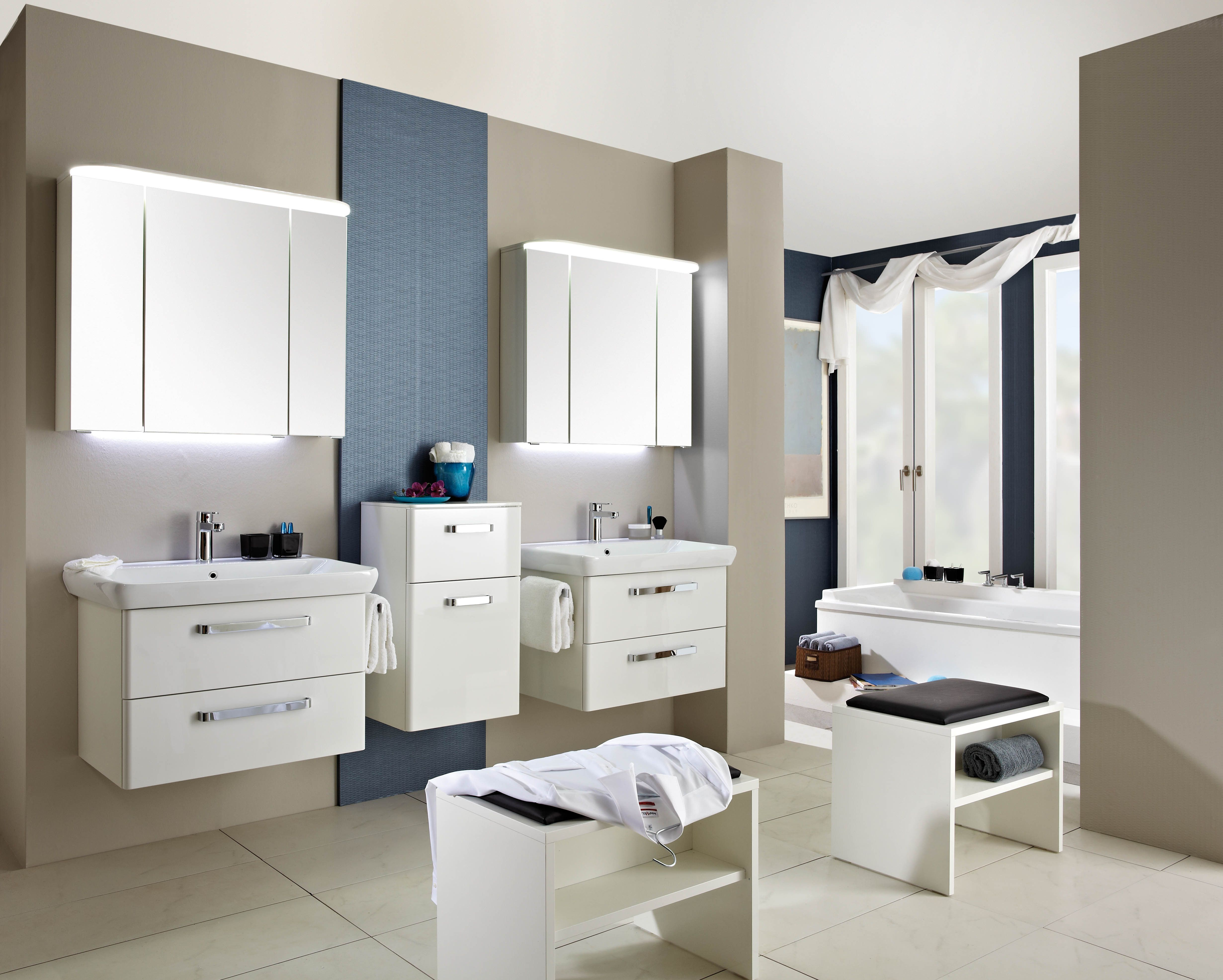 badezimmer kombination excellent badezimmer x design bad dusche kombination with badezimmer. Black Bedroom Furniture Sets. Home Design Ideas