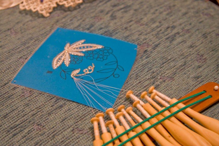 Pola de Siero 2009-Los encajes que salen son de una exposición. No tengo los picados - Leboreira Carmen Teixeira - Веб-альбомы Picasa