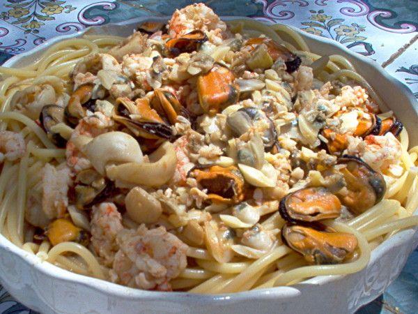 Pasta Con Mariscos Receta De Bucatini A La Napolitana