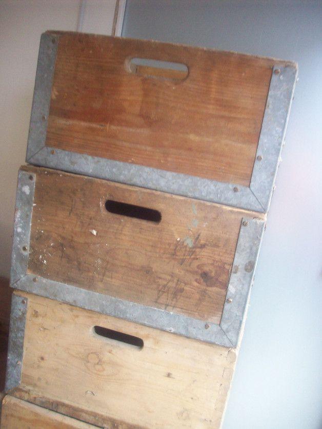 Alte Holzkisten alte holzkisten lagerbox mit metall loft style alte holzkisten