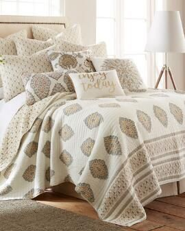 Charming Clio Luxury Quilt Collection