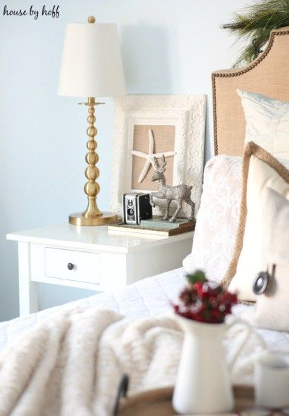 afe9d5d8ac4ec winter theme nightstand decor bring the season into your bedroom ...