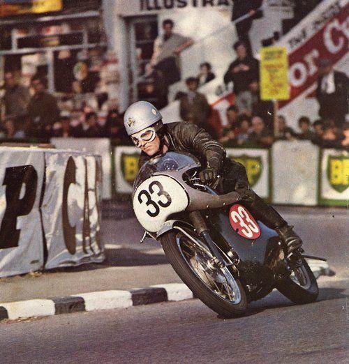 claspgarage: Neill Kelly aboard the Velocette Venom Thruxton...