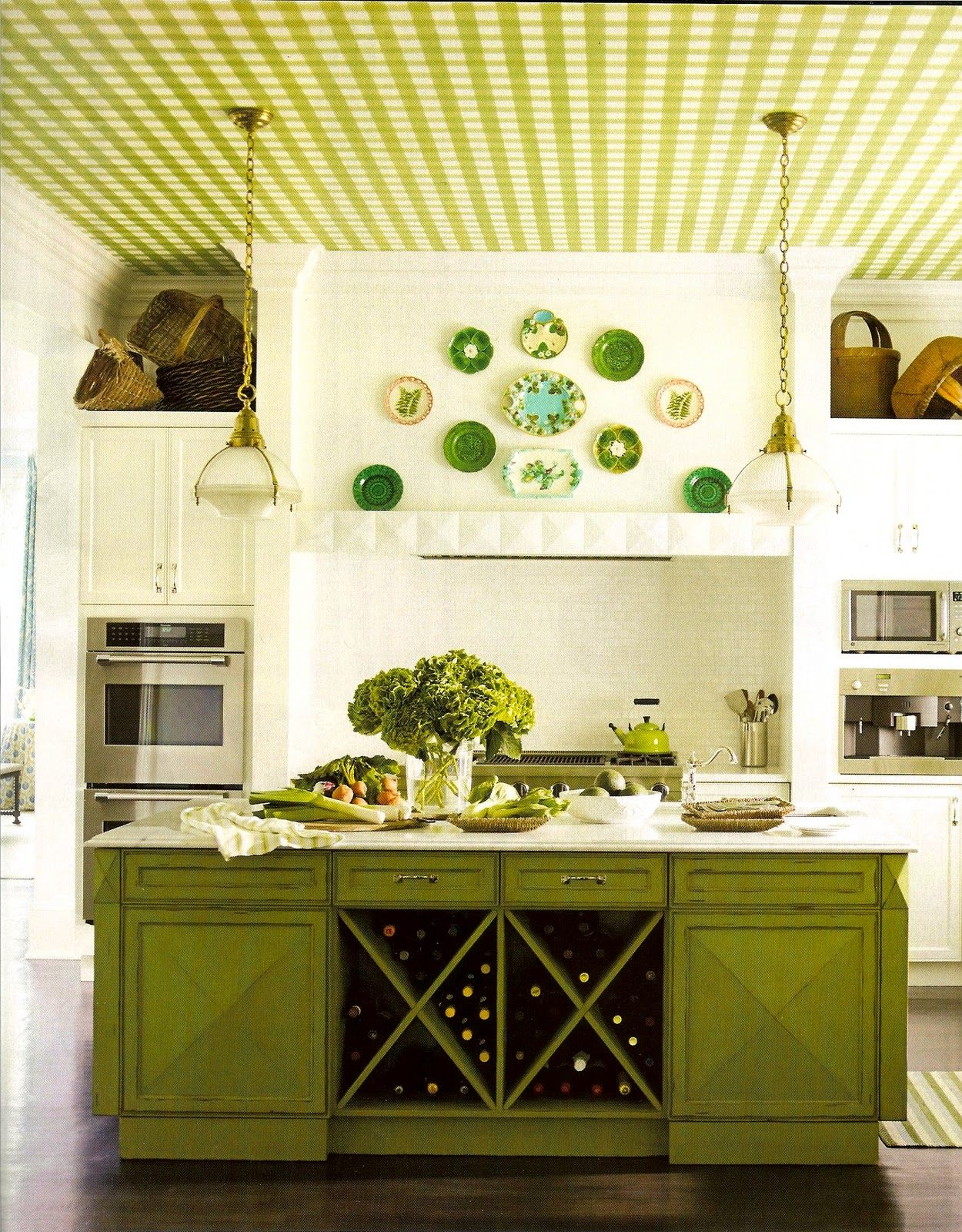 Vintage green kitchen design with small kitchen island and olive ...