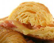 Encuentra las mejores recetas de croissants de york y queso de entre miles de recetas de cocina, escogidas de entre los mejores Blogs de Cocina.