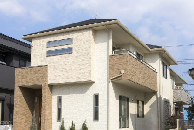 外壁塗装を2色塗りにリフォームする際にかかる費用は リフォーム