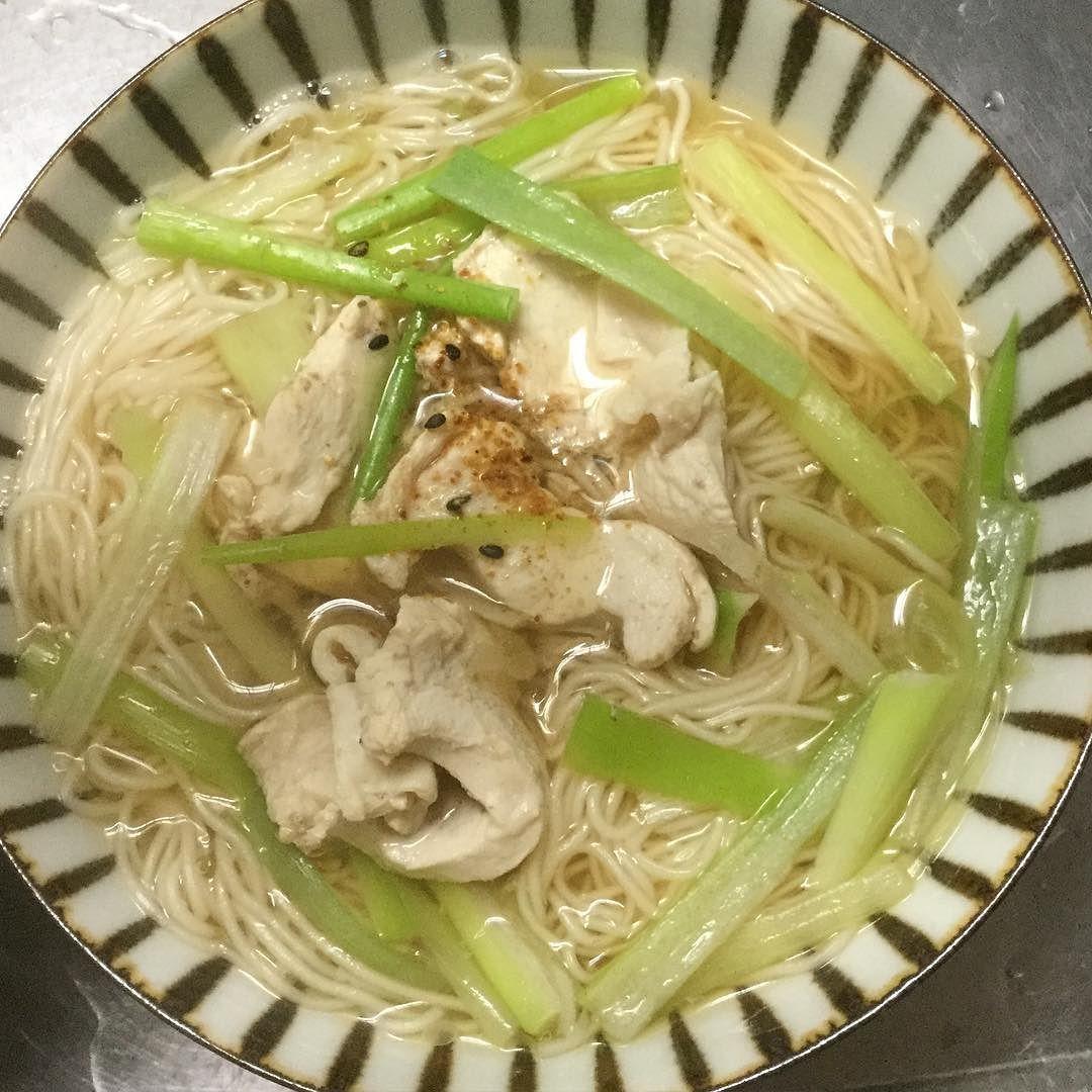 かしわ南蛮#noodles #chicken#かしわ南蛮#jj #japanesecooking #foodporn #umami #good #goodeats #gastroart #gastronogram #gourmet #instag #instayum #tastingtable #thechefinside #theartofplating #vs #vsco #vscocam #vscovisuals #webstagram #statigram #clubsocial #delicious #sharefood #nofilter by jcookjp