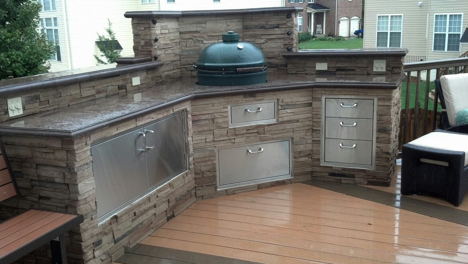 Outdoor Küche Kamado Joe : Joe will be happy forever if we had this outdoor kitchen with the